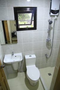 Deluxe_Bathroom
